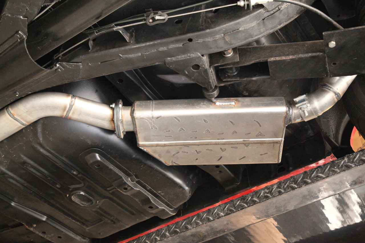 Cruiser 7000 Series Muffler (Modified to fit Application)