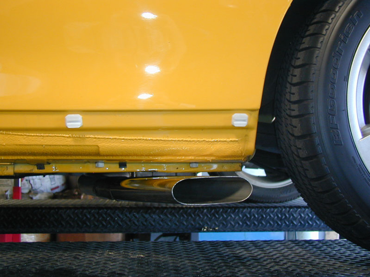 """Pontiac GTO Side Exhaust, 2.5""""-3"""",  X Pipe, Side Exit, Oval Tip"""