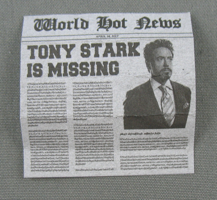 Hot Toys - Newspaper - Tony Stark is Missing
