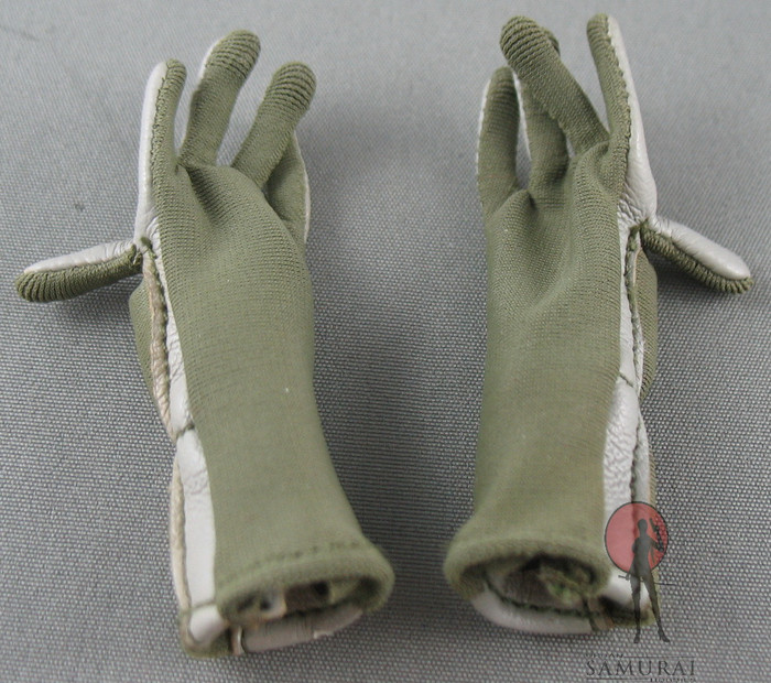 DAM - Gloves - Moss Green and White