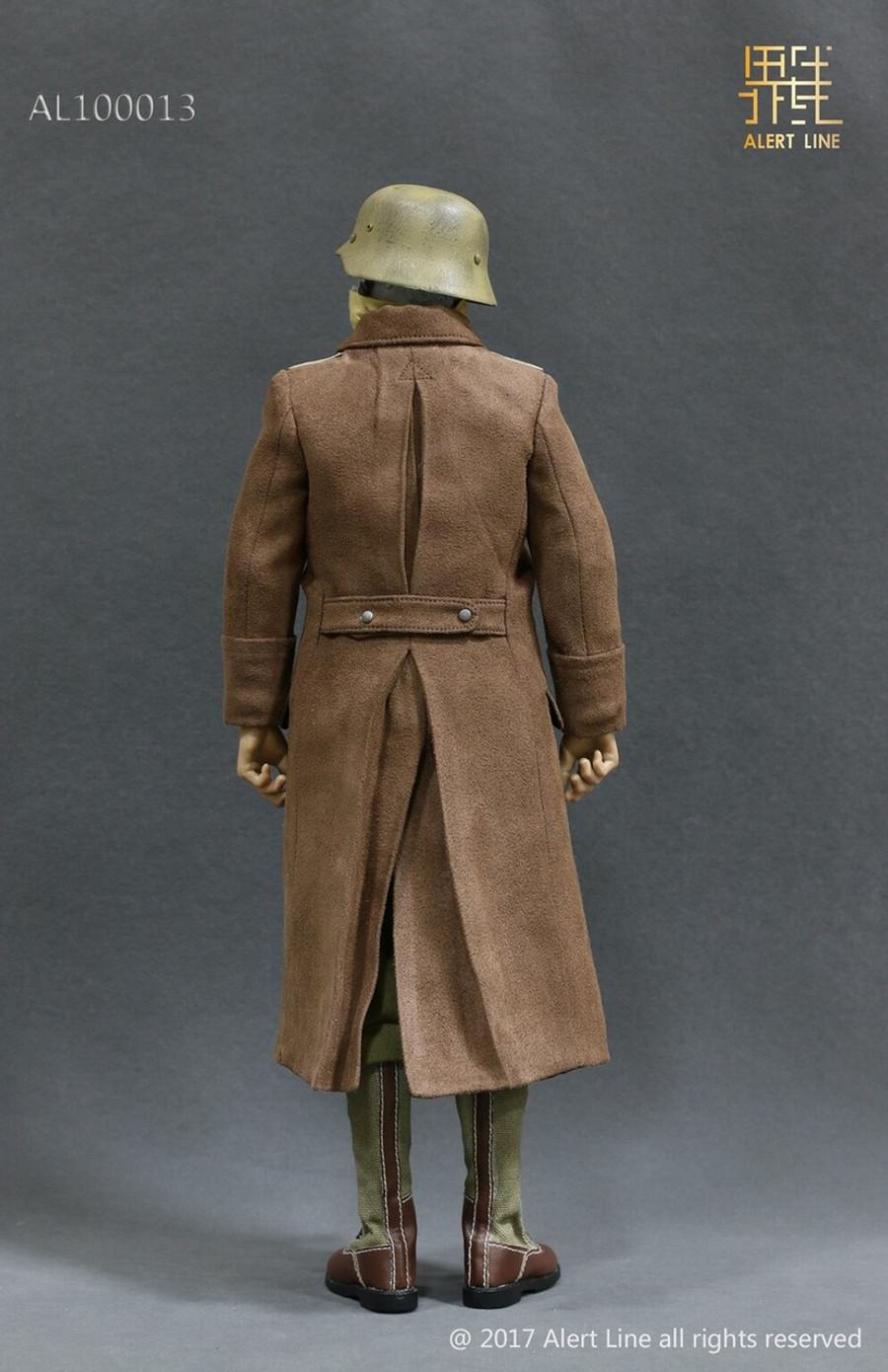 Alert Line - WWII Afrika Korpsthe Wehrmacht Suit