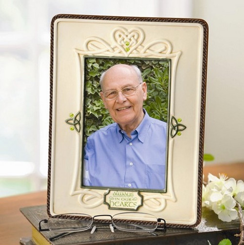 """""""Always in our Hearts"""" Ceramic Memorial Photo Frame:  4 x 6"""""""