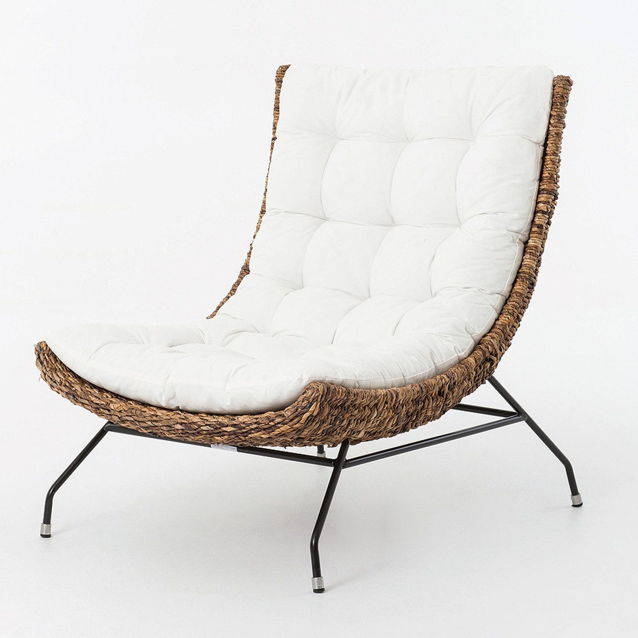 Charmant Banana Leaf Woven Alik Accent Chair