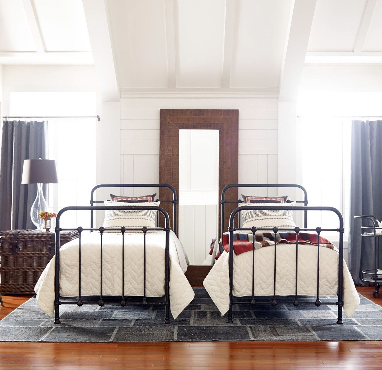 black iron furniture. Kingsley Vintage Black Iron Twin Platform Bed Frame Furniture U