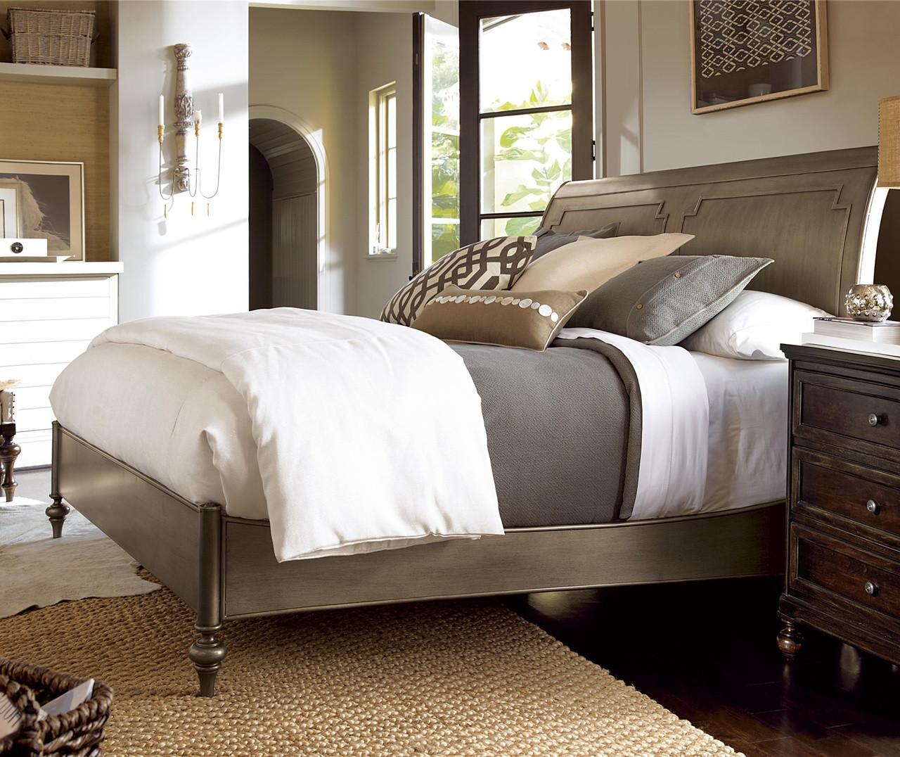 Proximity Antiqued Iron Queen Sleigh Bedroom Set Zin Home