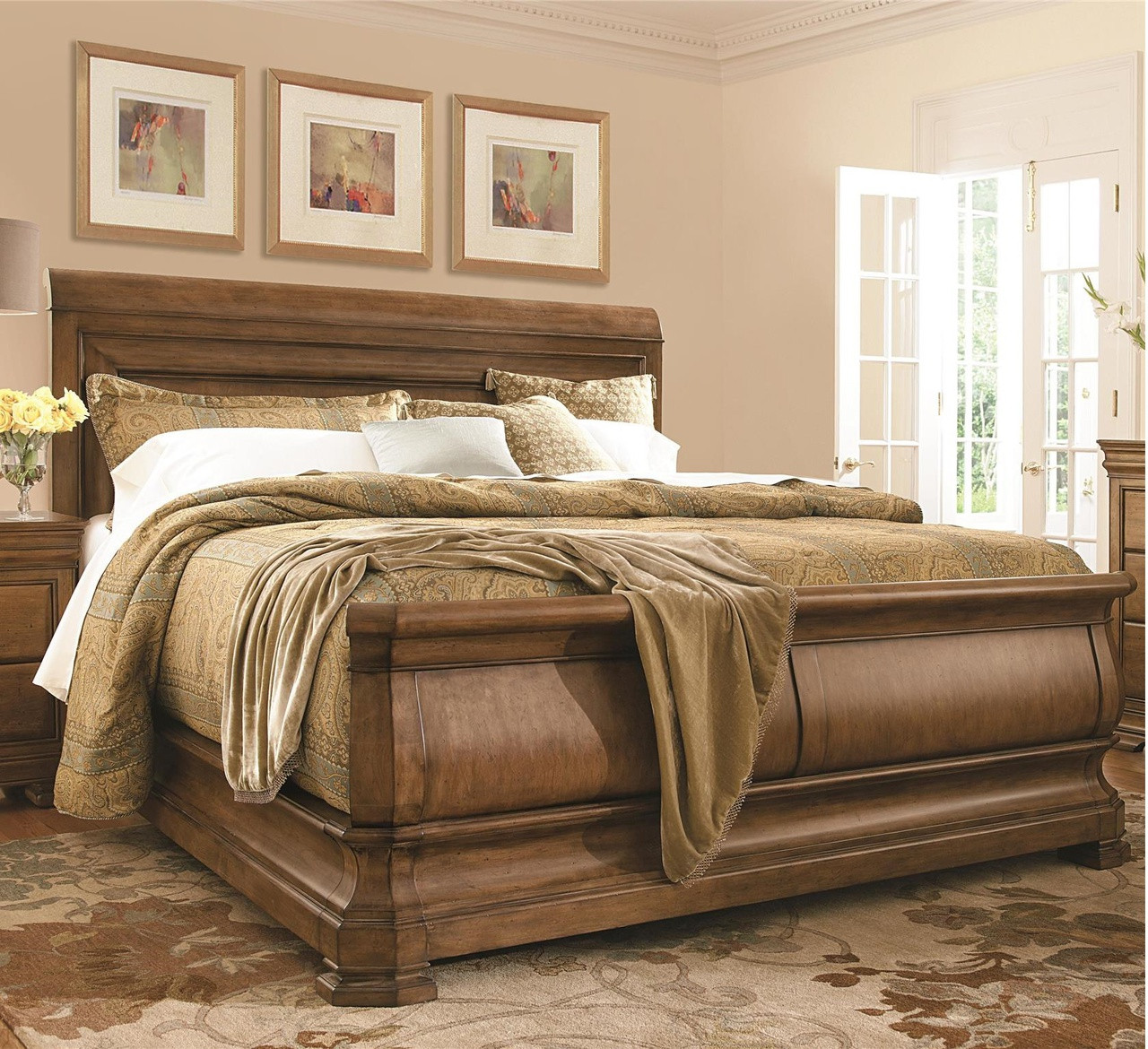 Fantastic Louis Philippe Solid Wood King Sleigh Bed - Cognac | Zin Home SL71
