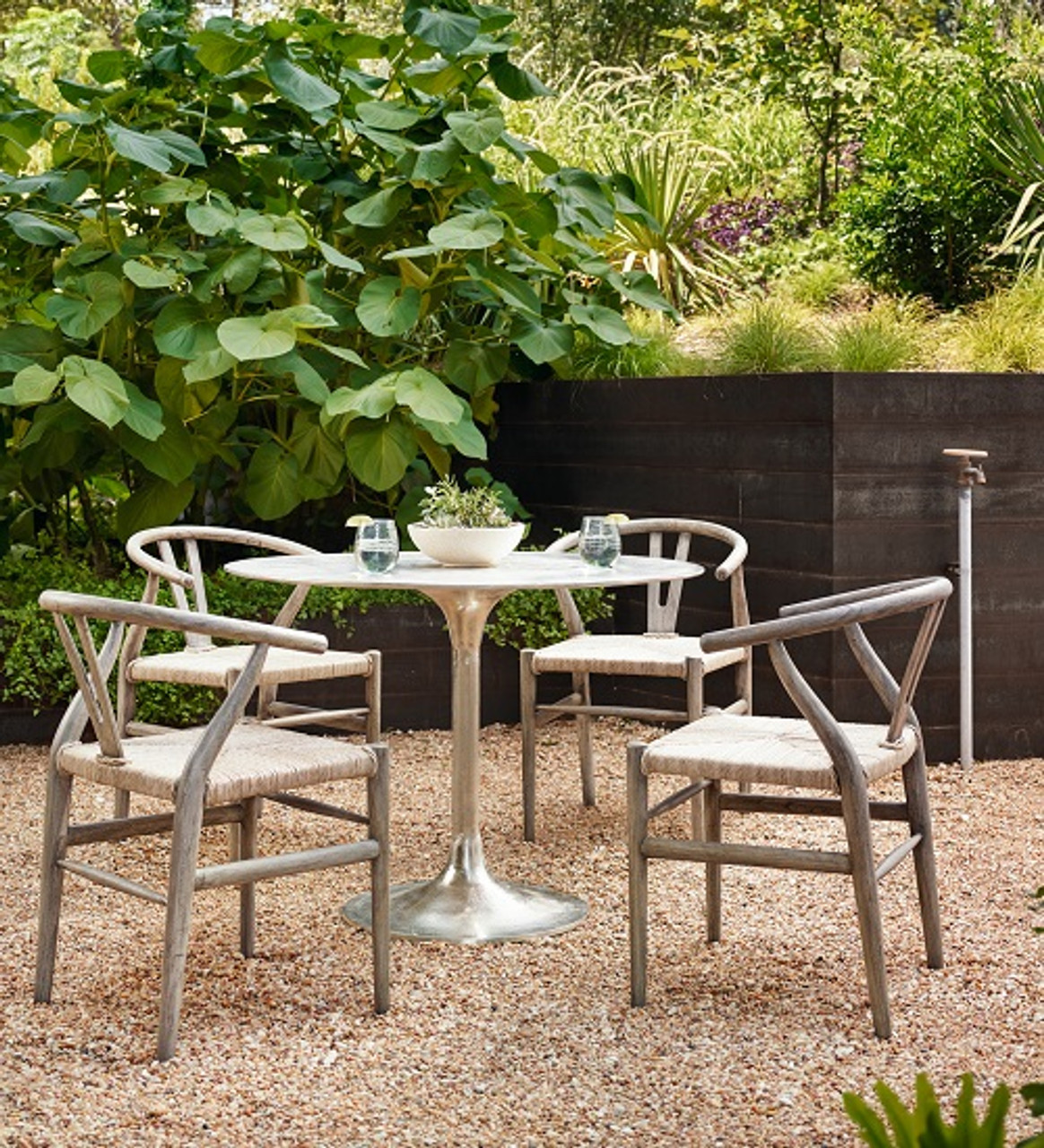 Amazing Small Space Patio Furniture: Cool Ideas To Try