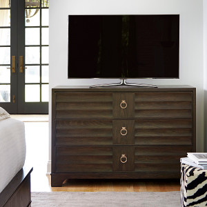 California Rustic Oak 3 Drawer TV Media Chest