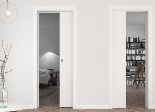 The Eclisse Unilateral is perfect for when you have two parallel doors and a short wall space such as when there are rooms off a hallway or landing.