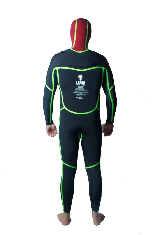 Lunasurf yamamoto 4mm hooded wetsuit