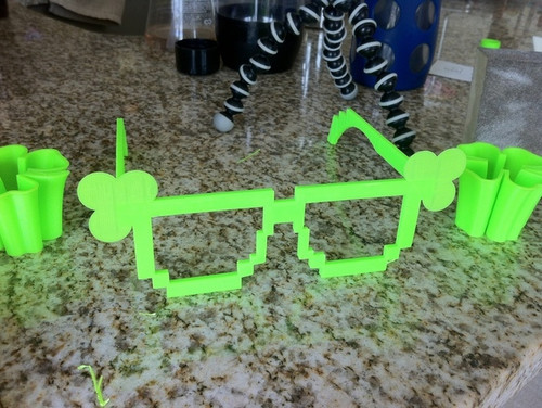 8-bit Shamrock Glasses