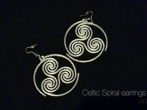 Celtic Triskelion Earrings & Pendant