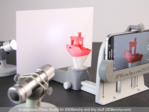Smartphone Photo Studio for #3DBenchy and tiny stuff