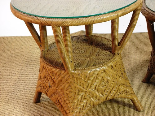 "931962, ""Timberlake"", by Lane Venture, Free Shipping, MSRP ($1,112.50), outdoor natural wicker side table with glass top"