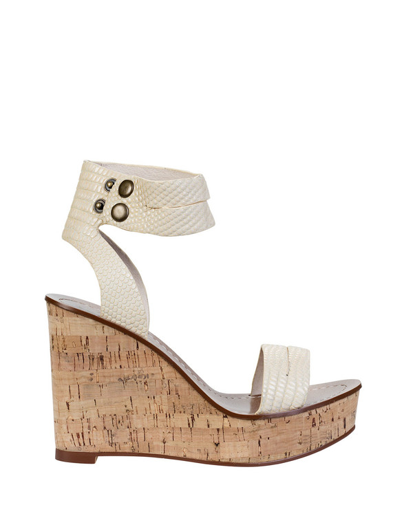 By Bianca 055702Bb Santorini Wedge Beige