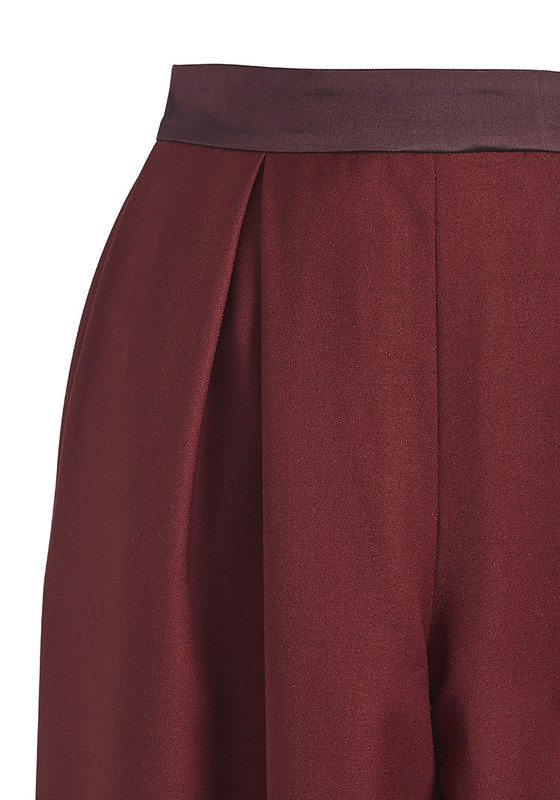The City Trouser - Wine detail