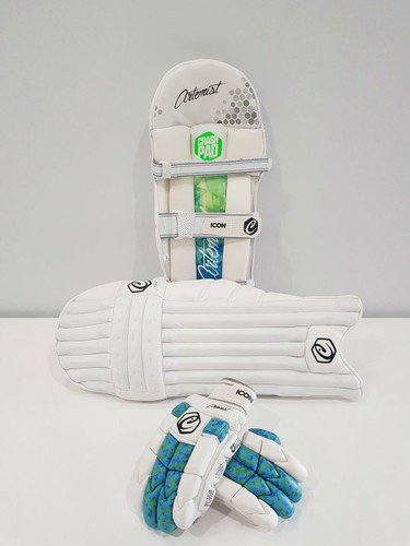 Artemist Pads and Gloves