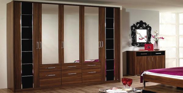 Vienna 5 Door Walnut Wardrobe