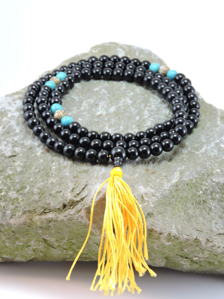 Black onyx mala 108 beads carved conch shell