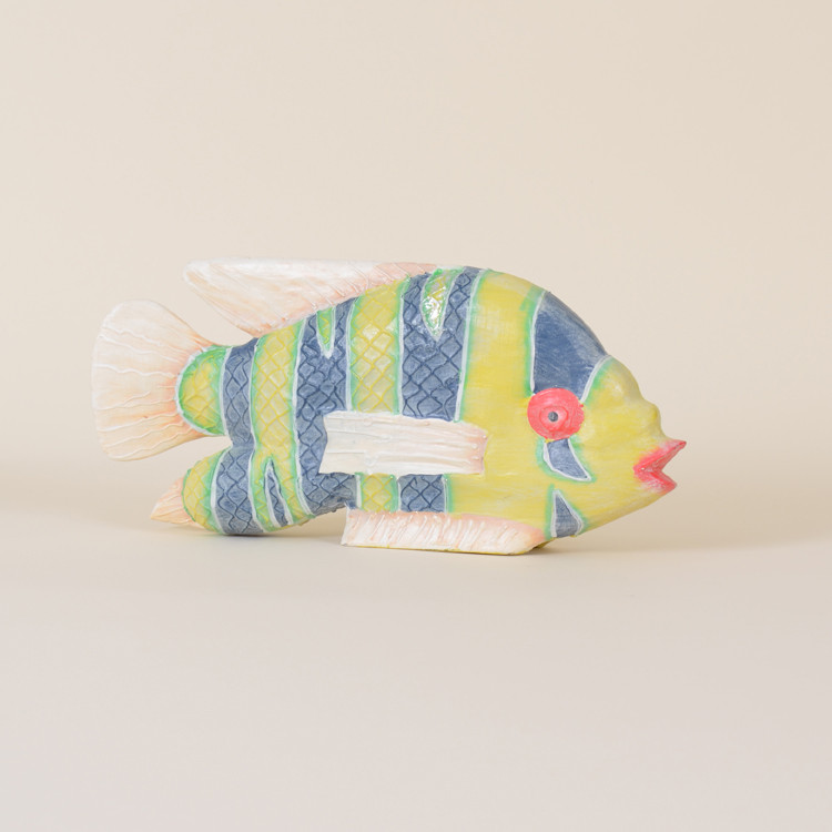 09-083 Wooden Low Han Fish