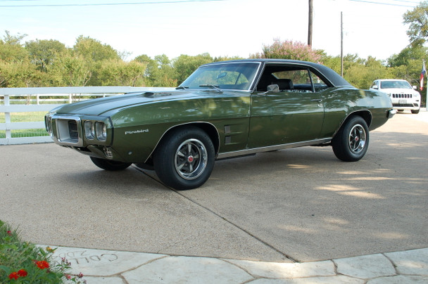 1969 Pontiac Firebird Ram Air III V8 Factory 4-speed stock# 100816