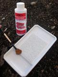 Porcelain Brush Groomer with Basin