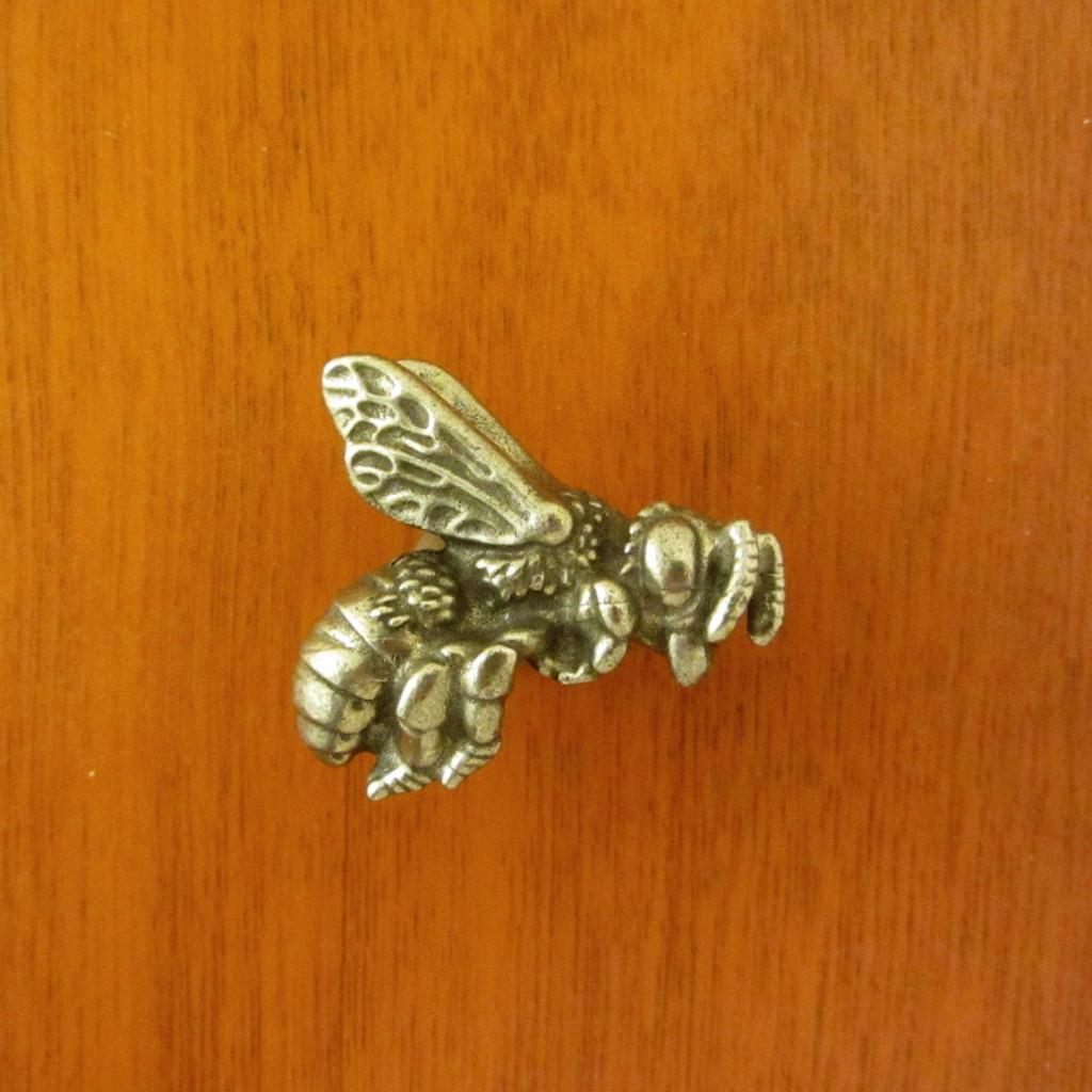 Honey Bee Drawer Pull