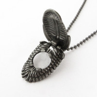 trilobite pendant with built-in magnifier