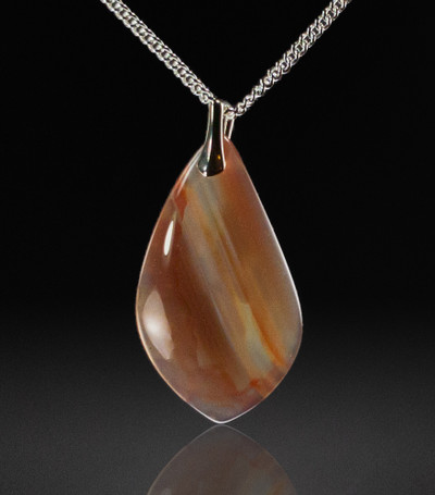 Delicate Chalcedony Pendant, 38x22x5mm, 27.5 cts