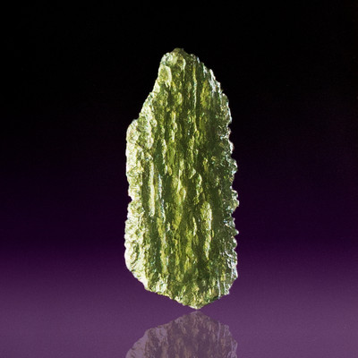 Museum-Quality Moldavite Sample, 36.5x15.3x5.3mm, 3.9g
