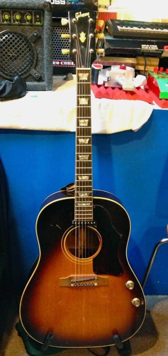 Used '68 Gibson J-160e w/HSC SOLD...
