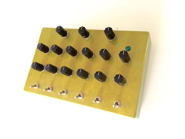 Used SKYCHORD ELECTRONICS SLEEPDRONE 6 limited GOLD SOLD!!!