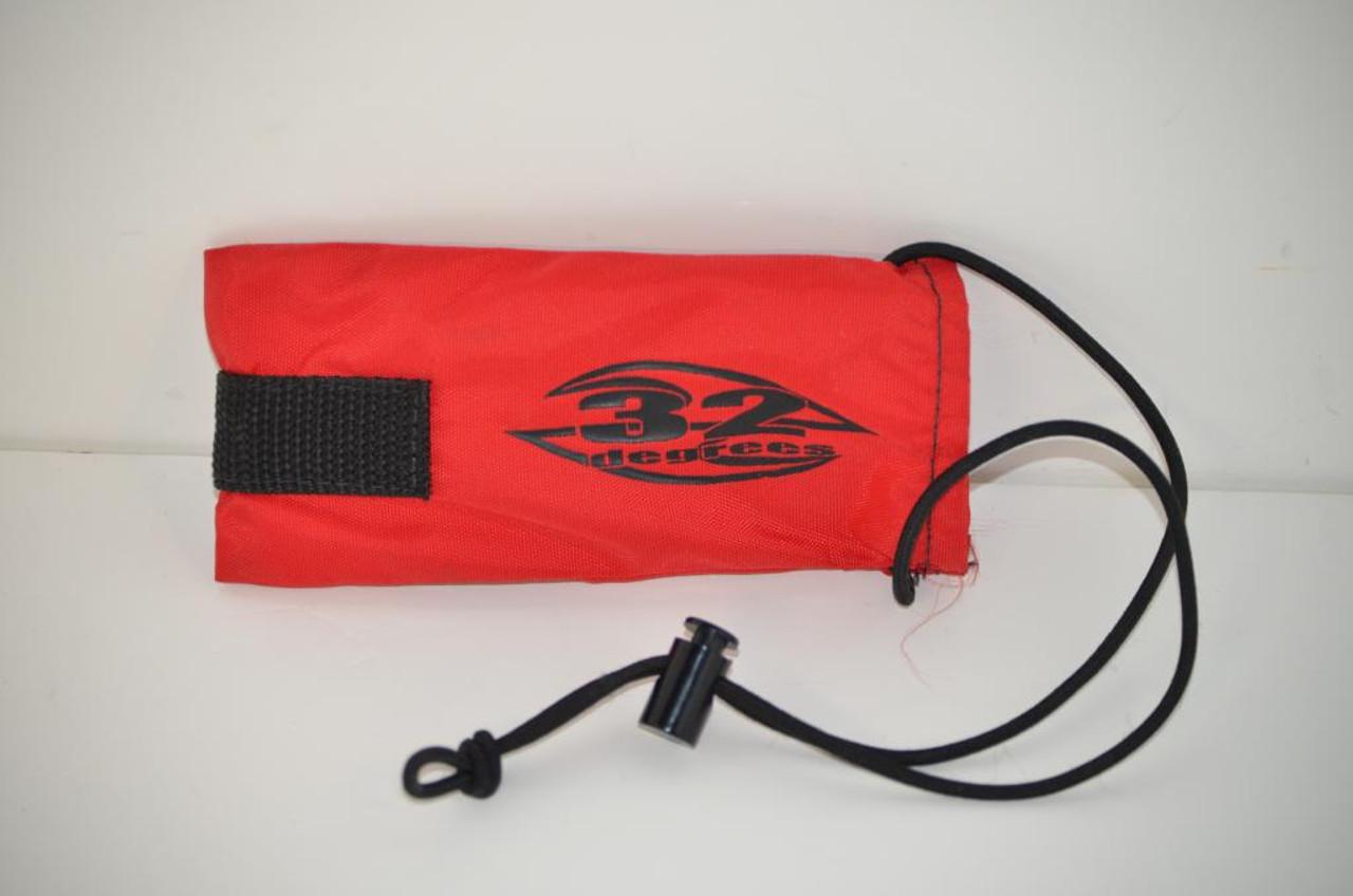 32 Degrees Barrel Bag - Red