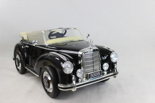 Mercedes 300S Black