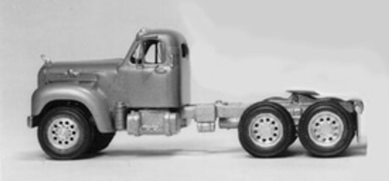 1953-58 Mack B71 Tractor Truck Kit