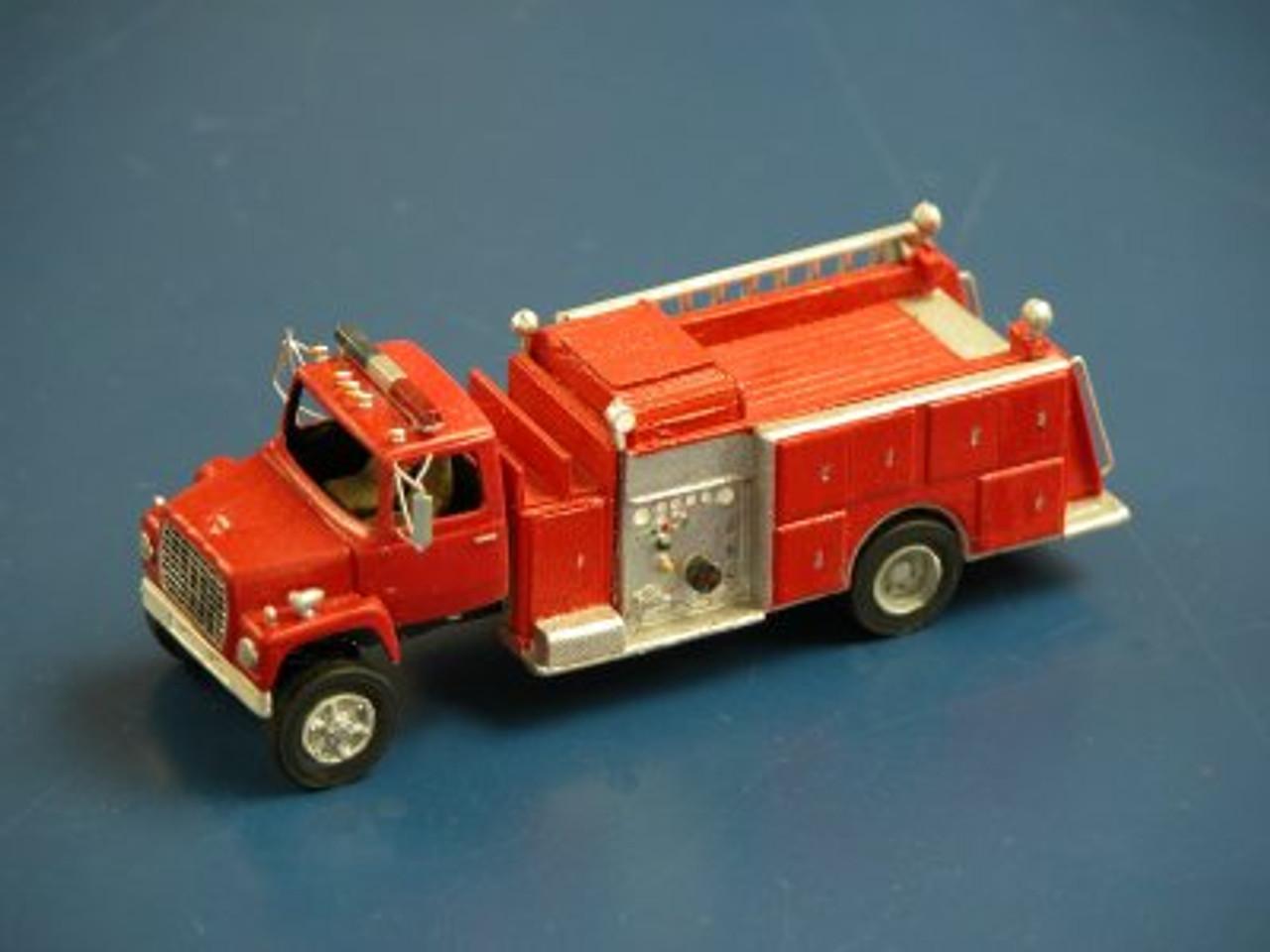 1990 Ford LN 9000 Firetruck with Pierce Suburban Pumper Body Kit