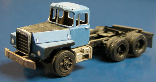 1986 Mack R-800 Center Cab Tractor Truck Kit