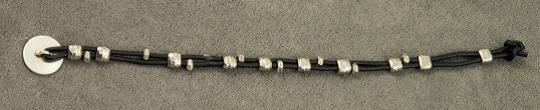 bracelet-back.png