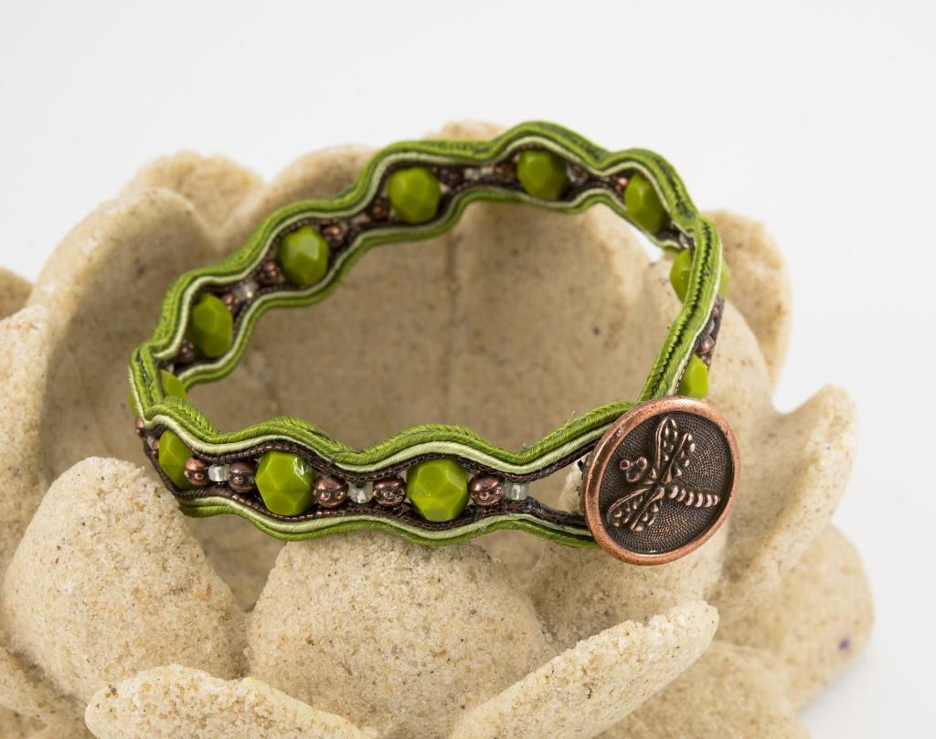 dragonfly-soutache-bracelet-1024px-2.jpg