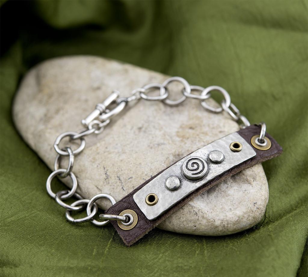 spiral-tagged-bracelet.jpg