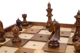 chess-set-for-the-visually-impaired..jpg