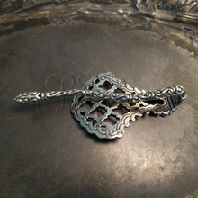 Marrakech shawl pin - back horizontal view