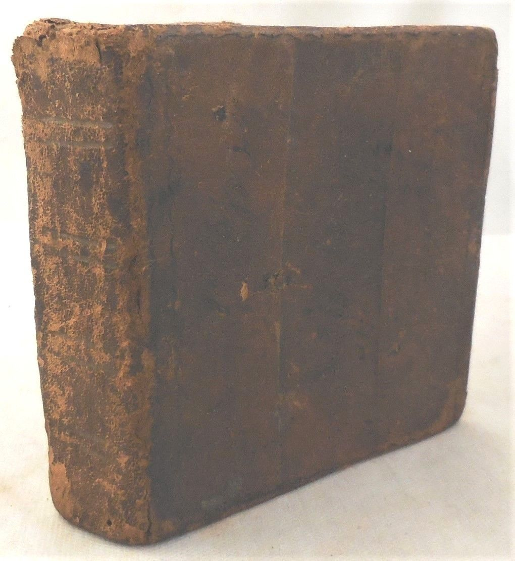 ACCURATE NEW SPELLING DICTIONARY OF THE ENGLISH LANGUAGE, by Ann Fisher - 1773