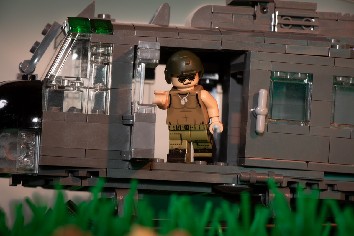 Vietnam Huey Crewman (Light Flesh)