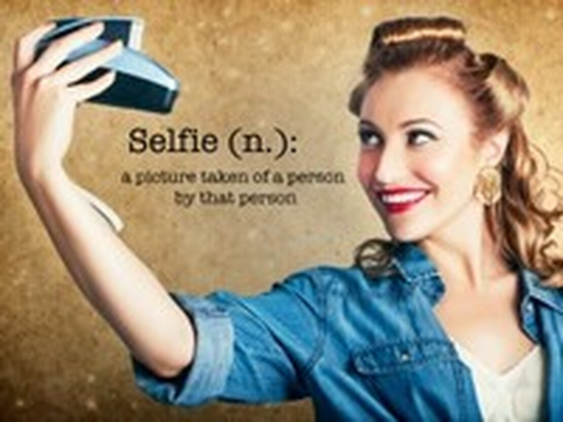 ​Get Ready for your Christmas Selfie!