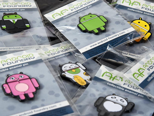 Lucky Cat Android Pin