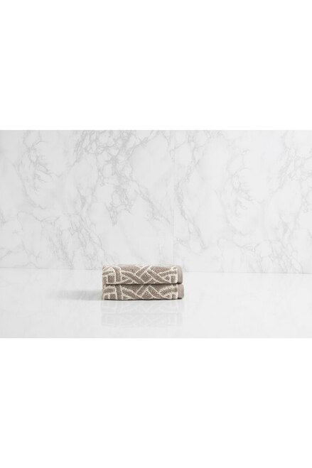 Natori Dynasty Medallion Towel - Style 3336 at The Natori Company