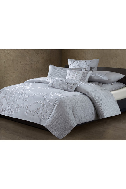 Natori White Orchid Quilted Embroidery Duvet Cover at The Natori Company