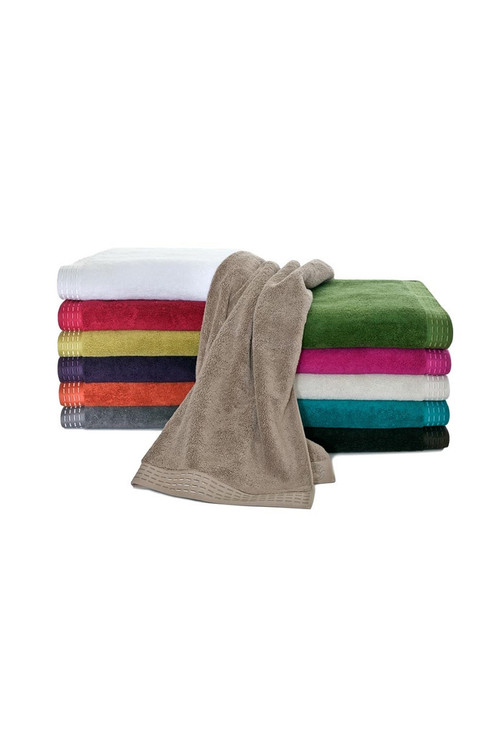 Natori Solid Bath Towels, Cotton, Size Wash 12X8 Natori. Natori Solid is the signature towel for the Bath Collection. Complete with Obi Dash embroidered turned-under end hem which reverses to embroidered Natori Crest. Bath Sheet- $35.00 / Bath Towel- $25.00 / Hand Towel- $15.00 / Wash Cloth- $10.00 100% fine, long staple cotton Imported. The Natori Company designs high-end women's fashion, including Intimates, Sleepwear, Lingerie, Ready-to-Wear, Home, Perfume, Towels, Eyewear, and more. Using an Asian aesthetic, Josie Natori was able to build a distinct brand, melding the visual appeals of both the East and the West. The Natori Life is glamorous style that reflects how a woman sees herself: feminine, strong, independent, and creative. Shop Josie Natori for luxury women's pajamas, robes, nightgowns, bras, and caftans. Natori has a great selection of women's designer robes, caftans, pajamas, nightgowns and bras. Stay comfortable this fall or give the gift of comfort for her on Black Fri