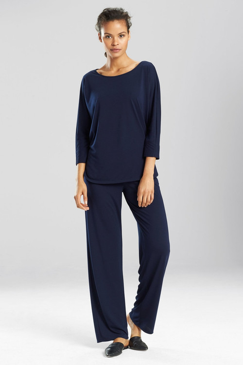 "N Natori Congo 3/4 Sleeve Pajamas Set Romper, Women's, Blue, Size XS Natori. Our jersey knit Congo gown is an effortless essential. 46"" long from center back. Light weight knit. Scoop back 65% polyester, 35% rayon. . The Natori Company designs high-end women's fashion, including Intimates, Sleepwear, Lingerie, Ready-to-Wear, Home, Perfume, Towels, Eyewear, and more. Using an Asian aesthetic, Josie Natori was able to build a distinct brand, melding the visual appeals of both the East and the West. The Natori Life is glamorous style that reflects how a woman sees herself: feminine, strong, independent, and creative. Shop Josie Natori for luxury women's pajamas, robes, nightgowns, bras, and caftans. Natori has a great selection of women's designer robes, caftans, pajamas, nightgowns and bras. Stay comfortable this fall or give the gift of comfort for her on Black Friday and Cyber Monday. These come in materials from cotton to cashmere."